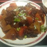 牛肉と大根の煮込み