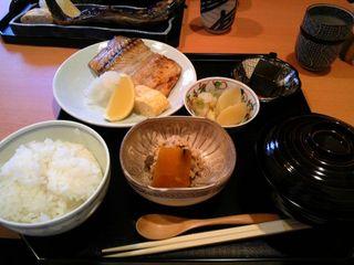 焼き魚(鰆)定食