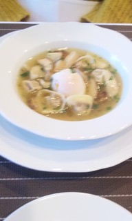 ポルチーニ茸のコンソメスープ