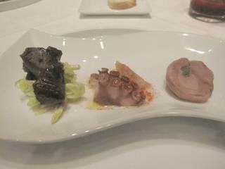 牛ほほ肉の自家製サングリア煮 真蛸のガリシア風  地鶏の野菜詰め