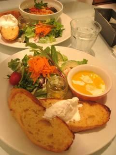 エビ&アボカドサラダ フレンチトースト