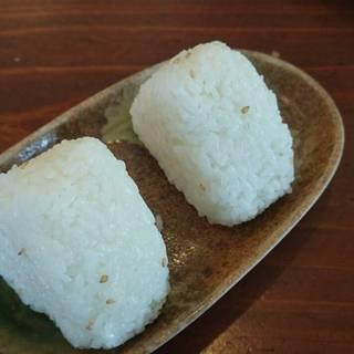 自社たんぼの米のおにぎり