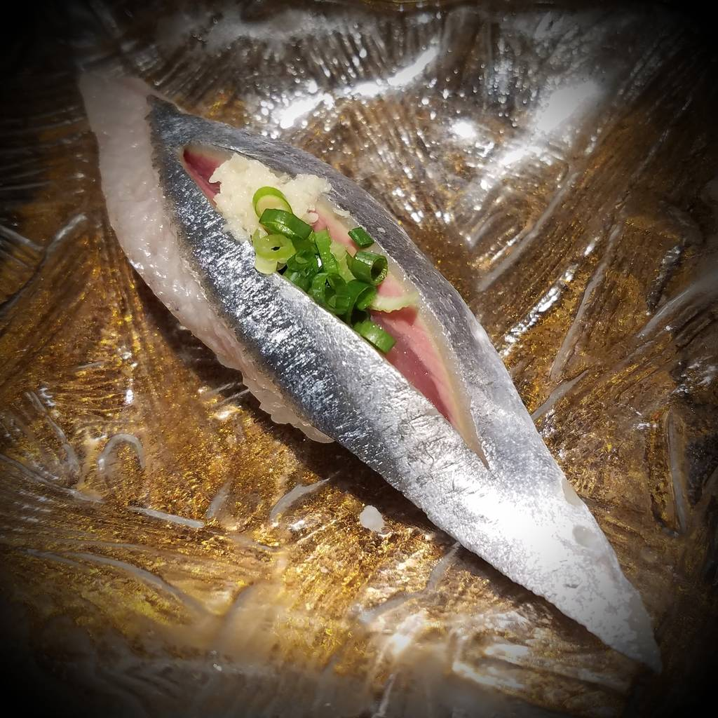 秋刀魚にぎり