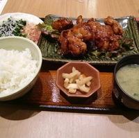 クリスマスチキン定食(米粉黒酢チキン)