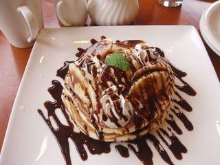 チョコバナナ&アイスクリームのパンケーキ