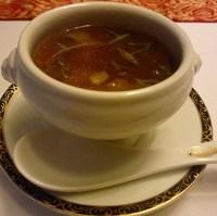 ふかのひれとじゅんさいのスープ