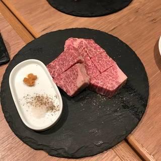 特撰「みかわ牛」の極上ステーキ