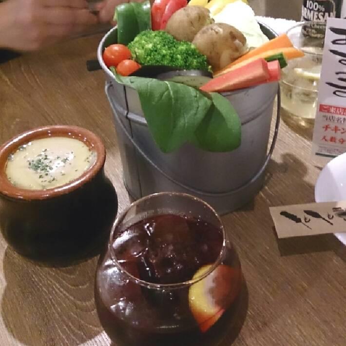 6】自家製あっさりスープ!海鮮トマト鍋