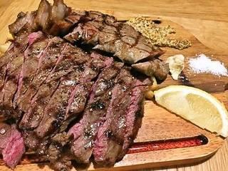 熟成肉Tボーンステーキ