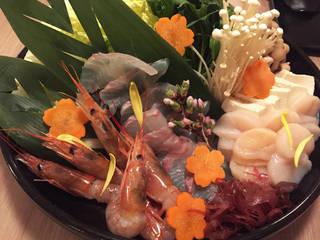 桜鯛と鮮魚のしゃぶしゃぶ鍋
