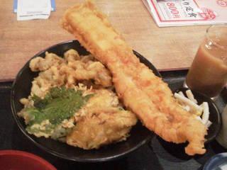 穴子の一本揚と季節野菜の天丼