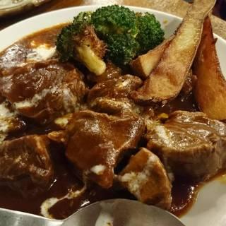 牛スネ肉のデミグラスソース