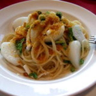 するめイカとカブカラスミのスパゲティ