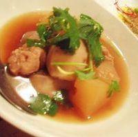 里芋と大根と鶏肉のこっさり煮