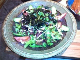 タコと海藻のサラダ