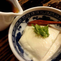 お通し(手造り豆腐)