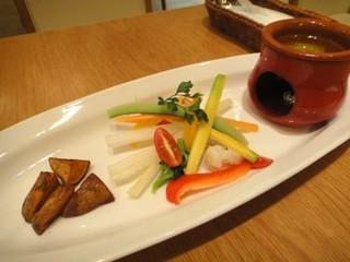 本日の鎌倉野菜のバーニャカウダ