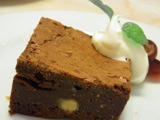 クラッシックチョコレートケーキ