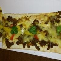 キーマカレーのオリエンタルピザ