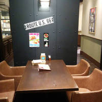 ハンバーガー&ステーキ BLA dinerヨドバシ梅田店