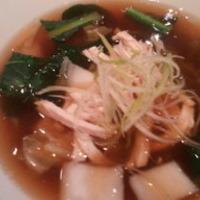 蒸し鶏と葱の広東翡翠麺