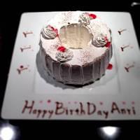 当店では誕生日会などにお祝いデザートをご用意できます~花火付ケーキ~