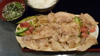 豚バラサラダ四川ソースかけ定食
