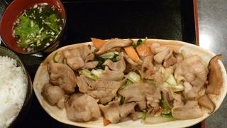豚バラキャベツ醤油炒め定食