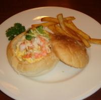 海老とたまごのサラダパン