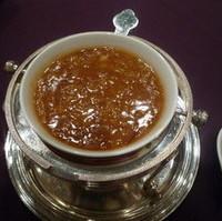 上海蟹味噌入りふかひれのスープ