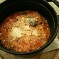 ずわい蟹とブロッコリーの十六穀米トマトリゾット