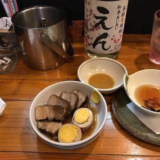 豚角煮と煮卵