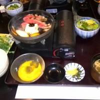 お昼の「黒毛和牛すき焼き五寸鍋」会席コース