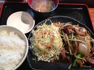 地鶏のレバニラ定食(ランチ)