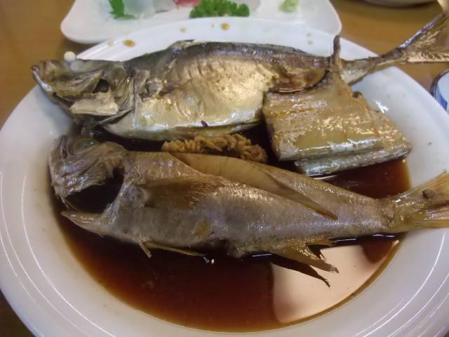 旬の魚を刺身とふんわり煮魚