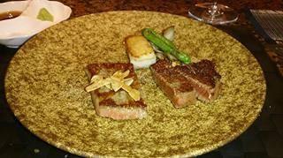 牛ヒレ&ロースステーキと極上のポークソテー