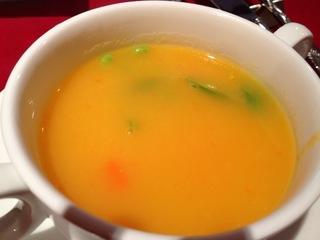じゃがいもとにんじんのスープ