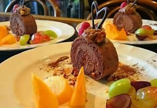 生ショコラロールケーキ