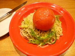 まるごと焼きトマトのバジルソース