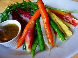 色々有機野菜のバーニャカウダ