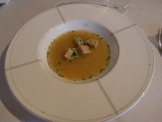 ミートローフの入ったスープ