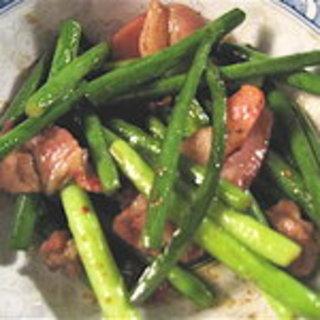 ニンニクの芽と豚肉の炒めもの