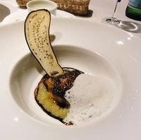 フォワグラのパヴェ ナスのコンポート添え ノワゼットのムースリーヌとバルサミコ酢のエッセンス