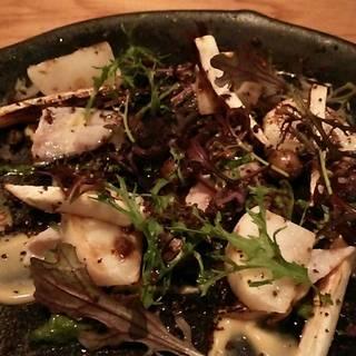 鯖の炙り 玉味噌、春菊ソース
