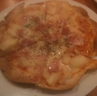 ベーコンポテトピザ