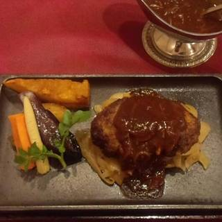 あかべこ特製和牛ハンバーグステーキ