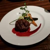 牛フィレのグリル 赤ワインソース