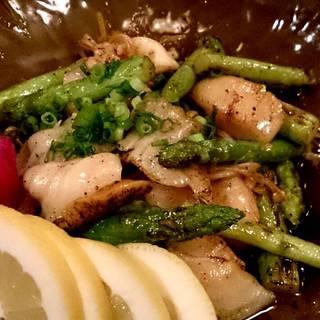 つぶ貝と夏野菜の炒め物
