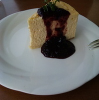 YOKOSUKAチェリーチーズケーキ