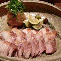 三元豚バラ肉炙り岩塩焼き